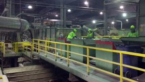 sorting-line-recycling-center