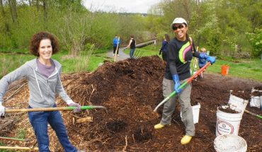 Green Kirkland Partnership volunteer restoration event